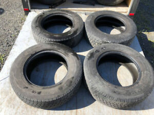 4 pneus hivers LT245/70R17 Toyo WLT1 Open Country