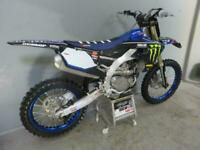 Yamaha YZF 450 2019 only 38 hours from new,Star racing plastic & graphic package