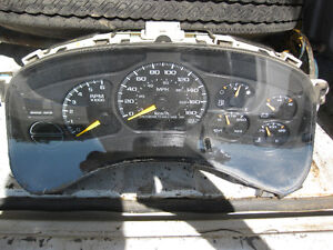 GMC CLUSTER GAUGE w Speedo, PLUS PARTING OUT 2 GMC 2004