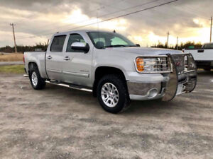 """Silverado SLE 4x4...Make $450/Week ?...  """"YOUR APPROVED"""""""