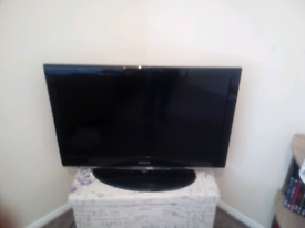 "37"" Samsung hd ready TV"