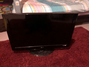 "32"" LG TV (not smart tv)"