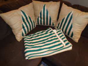 BED COVER AND PILLOWS