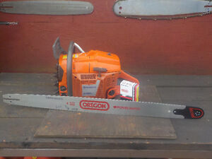 3120xp Husqvarna Chainsaw WITH 37''NEW BAR AND CHAIN