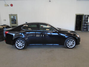 2011 LEXUS IS250 AWD! BLACK ON BLACK! 95,000KMS! ONLY $18,900!!!
