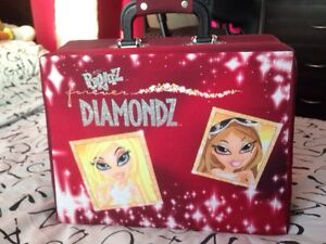 Bratz box for dolls and Barbie Dolls