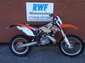 KTM EXC 200, 2014 MODEL, EXTRAS ONLY 2 OWNERS & 2007 MILES & 104 HOURS