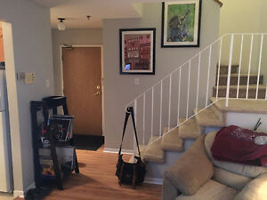 Roommate Wanted: 2bdr - 2 flr Apt. Available Sept 1st