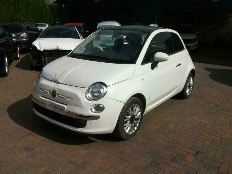 2015 Fiat 500 1 2 s/s Dualogic AUTO LOUNGE SALVAGE DAMAGED REPAIRABLE  DRIVES | in Halesowen, West Midlands | Gumtree