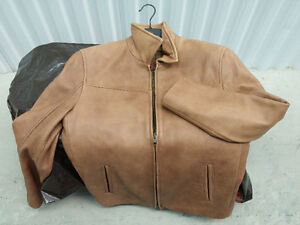 Danier Lambskin Leather Jacket: Men's XS Camel Colour