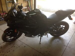 2015 Yamaha r3 for trade or for sale  Peterborough Peterborough Area image 2