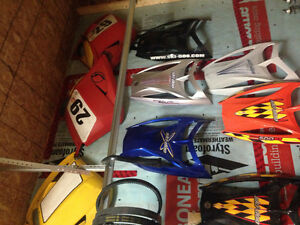 """Parting out a 2004 mxz 600sdi with 1.5"""" track & other revs sleds St. John's Newfoundland image 8"""
