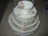 ANTIQUE COLLECTION OF FINE CHINA