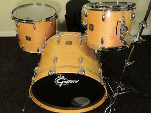 Gretsch US Custom Drum Kit. Nearly mint Condition. from 1990,s