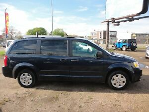 "2009 DODGE GR CARAVAN STOW ""N' GO-V6-RUNS & DRIVES EXCELLENT"