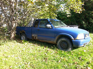 2001 Chevrolet S-10 Pickup Truck 4x4 with home made plow