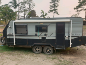 Damaged write off caravan off road type Pacific Pines Gold Coast City Preview