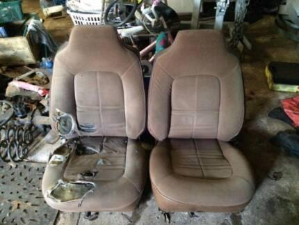 Holden HZ Statesman Front Seats