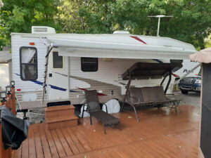 Roulotte 25' fifth wheel