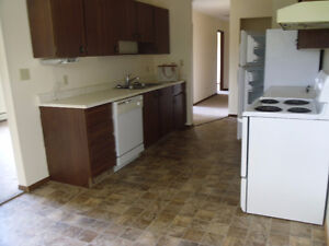 Two Bedroom Suite with Free Rent for August