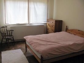 stunning room in CANARY WHARF ...£130