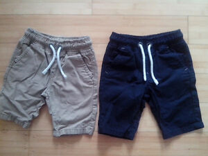 NEXT UK 100% cotton navy and beige shorts x2 - 4yrs