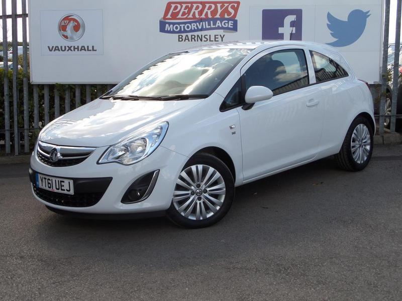 vauxhall corsa 1 2 excite 3 door ac white 2011 in barnsley south yorkshire gumtree. Black Bedroom Furniture Sets. Home Design Ideas