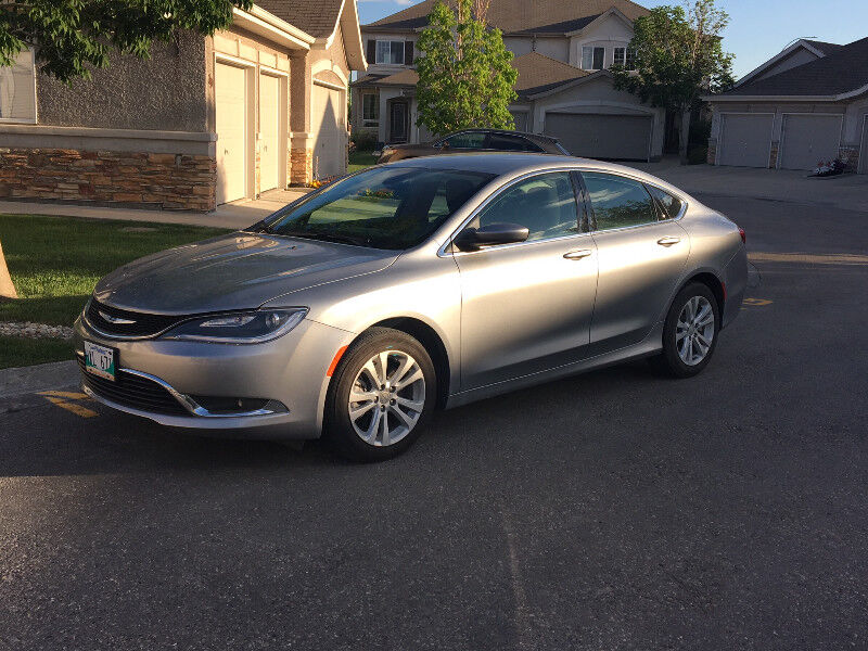 about cabin s review the interior awd chrysler capsule truth cars
