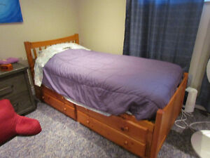 Single bed set with chest drawer