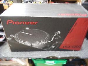 SELLING 2 BRAND NEW PIONEER PLX-1000 TURNTABLES
