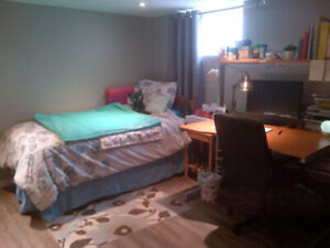 Room For Rent - 4 Month Summer Sublet - Mohawk Fennell Campus