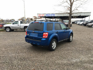 2011 Ford Escape SUV, Crossover Windsor Region Ontario image 3