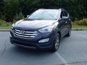 2016 Hyundai SANTA FE PREMIUM LOADED!!  WOW
