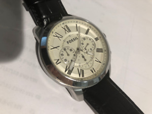 Fossil Men's FS4735 Grant Analog Display Analog Watch