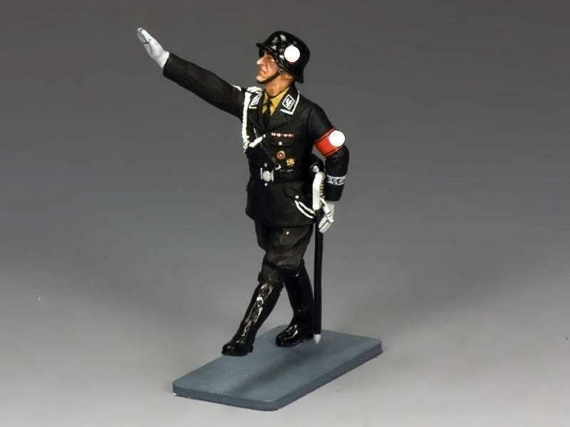 LAH176 - German Officer Saluting - LAH - King and Country