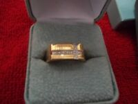 Man's 10k ring with 11 diamonds
