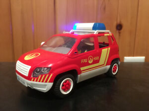 Playmobil fireman car