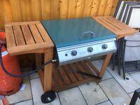 GAS BBQ FIREFLY CAJUN 300 3 BURNER HARD WOOD TROLLEY BBQ. Cast iron grill and burner