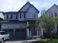 Beautiful 4 Bdrm, 2.5 Bath North Whitby Home: Move in Ready!
