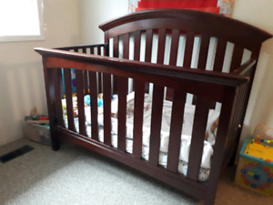 4-in-1 convertible crib and mattress