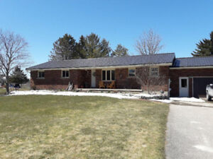 House for sale in Lisbon Ont. Minutes from Wellesley