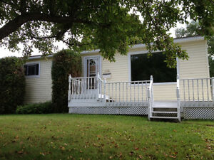 3 bedroom bungalow on great hill location