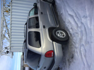 2000 Dodge Durango for parts or take whole thing