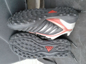 Soccer shoes turf (Kids size 12) Adidas