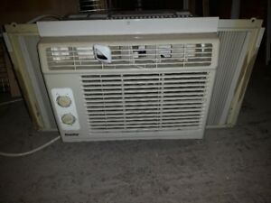 Danby - Air Conditioner