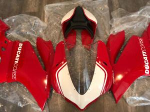 NEW Ducati Panigale R OEM Fairings 1299 959 Tail LH side lower m