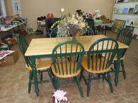 (SOLD ) NICE KITCHEN TABLE SET ( 6 CHAIRS )