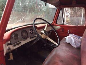 1964 Mercury 700 grain truck Regina Regina Area image 3