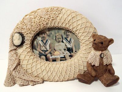 New FANCY FRAMES Unique PICTURE FRAME Crochet, Cameo & Bear HOME OFFICE GIFT
