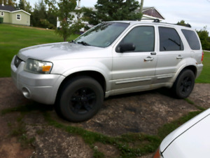 Parting out 2005 Ford escape